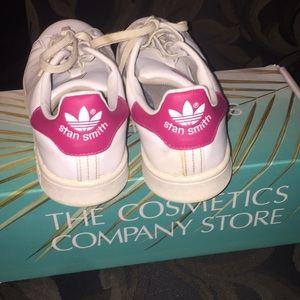 adidas Shoes - Pink Stan Smith Adidas - Women size 8. Men size 6
